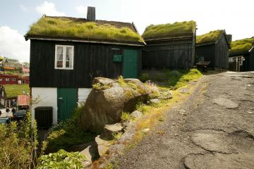 Faeroer, Faroer, Faroes, Faroe Islands, 2003 Huizen in Torshavn 2, Faroe Islands Foto: Henny Miltenburg/Hollandse Hoogte