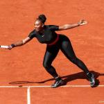 Serena Williams mag strakke catsuit weer aan