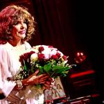 Joan Collins in gesprek over biopic