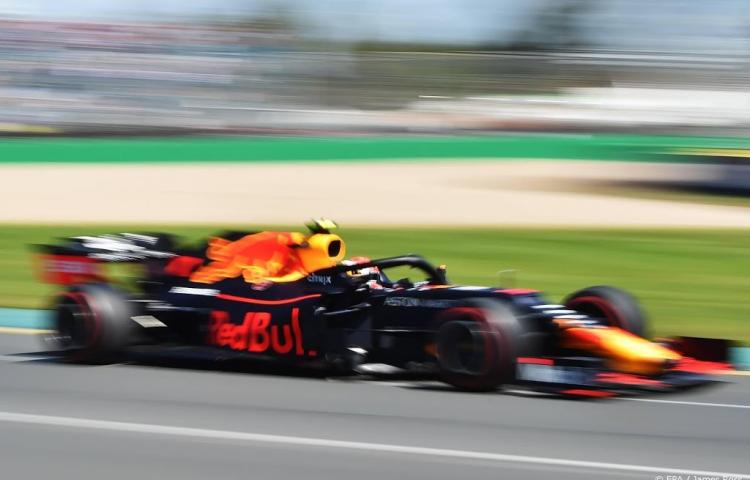 Verstappen negende in derde vrije training