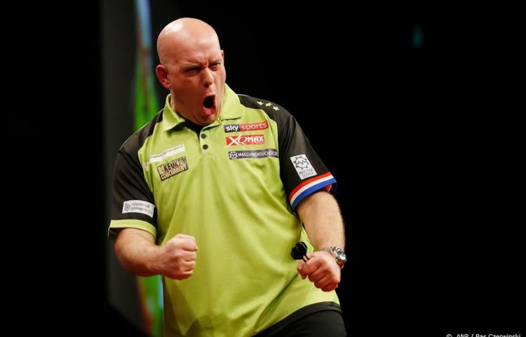 Van Gerwen vernedert Cross in Premier League