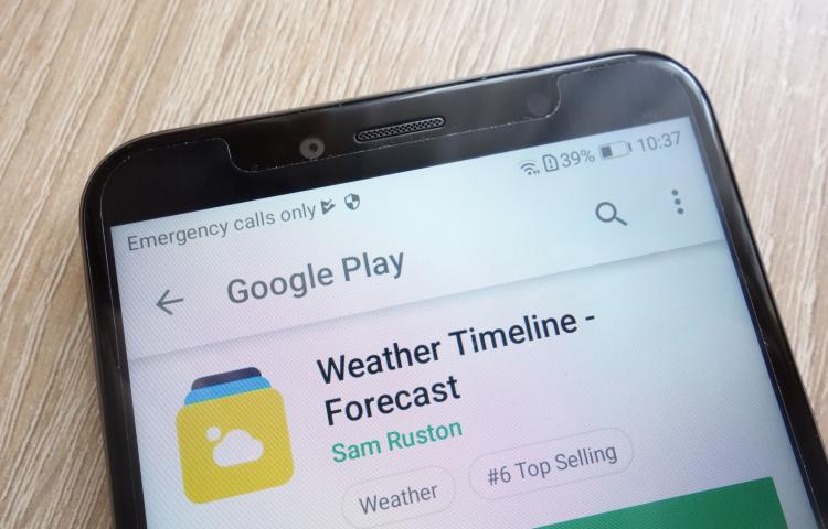105771692 - konskie, poland - june 24, 2018: weather timeline - forecast app on google play store released on huawei y6 2018 smartphone